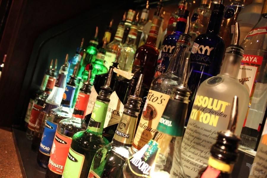 酒小二:酒类零售电商的最后一公里争夺战