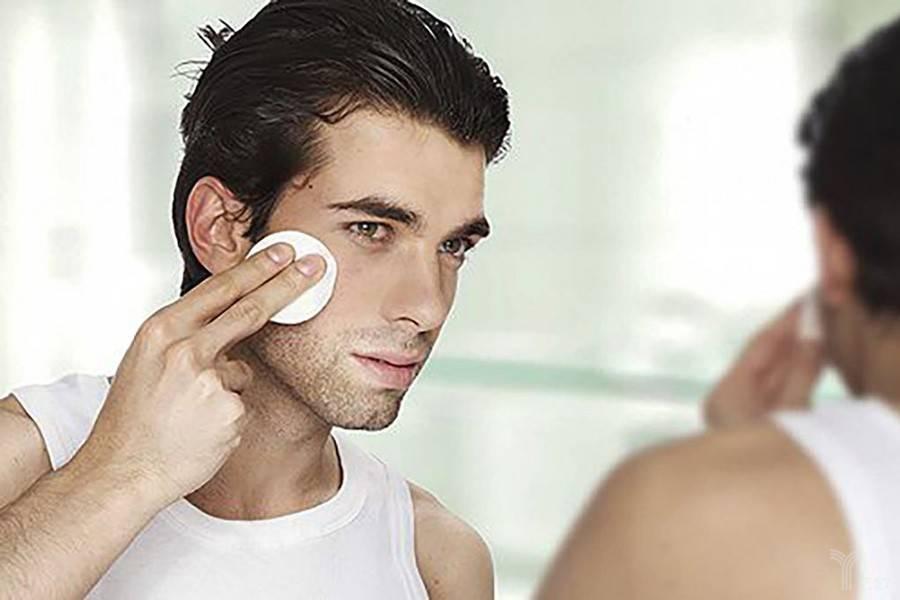 男性;化妆;