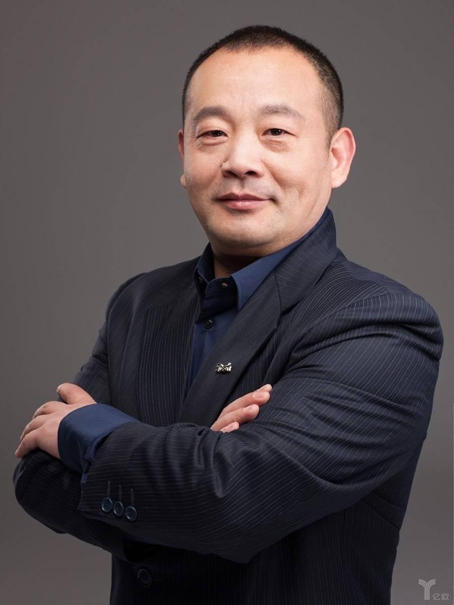 新特汽车联合创始人、副总裁兼销售公司总经理陈健