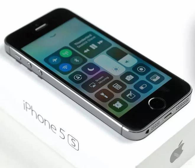 5G的站台,苹果在寂寞地等待