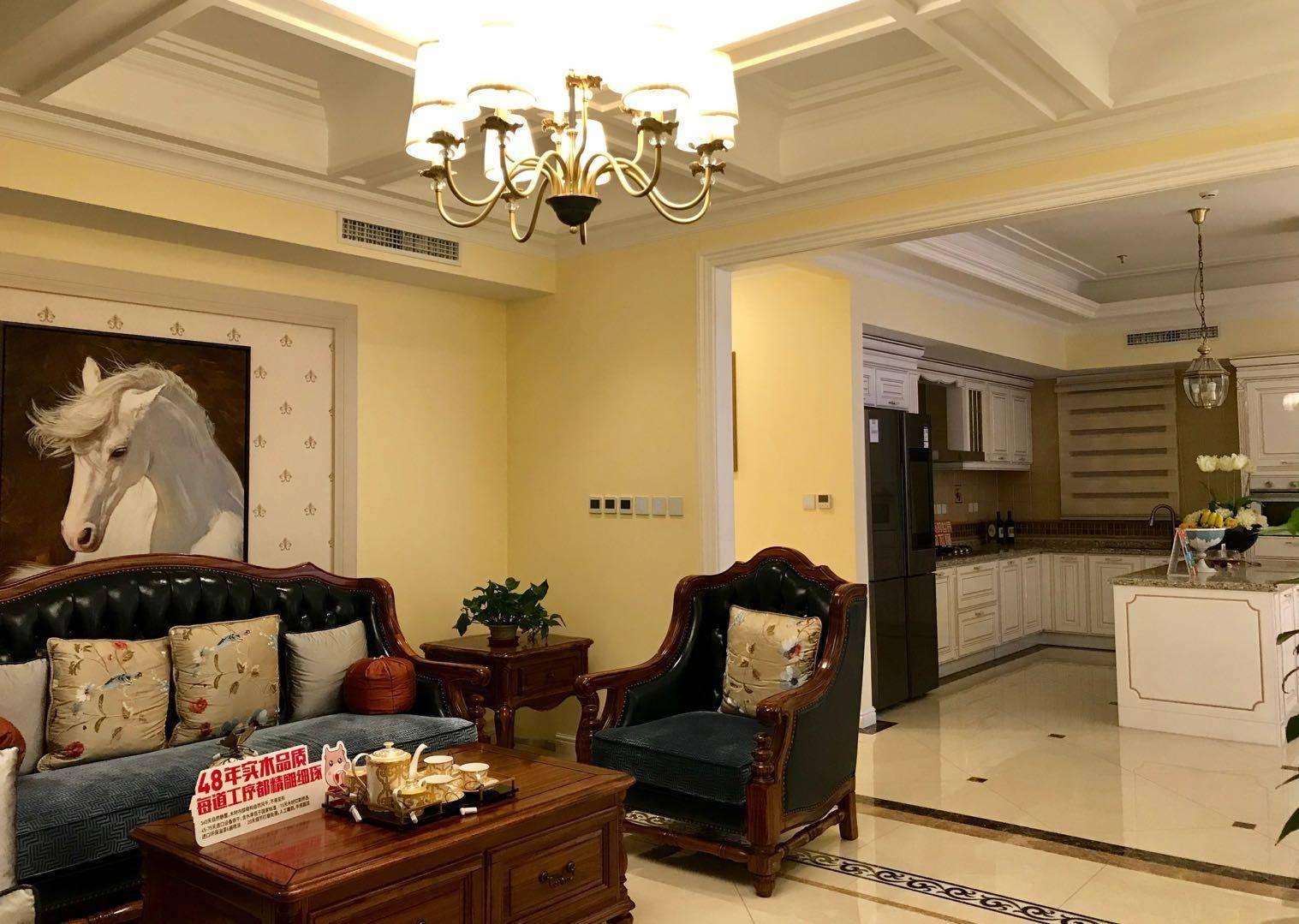 搭载智能灯光、暖风等系统的客卧室