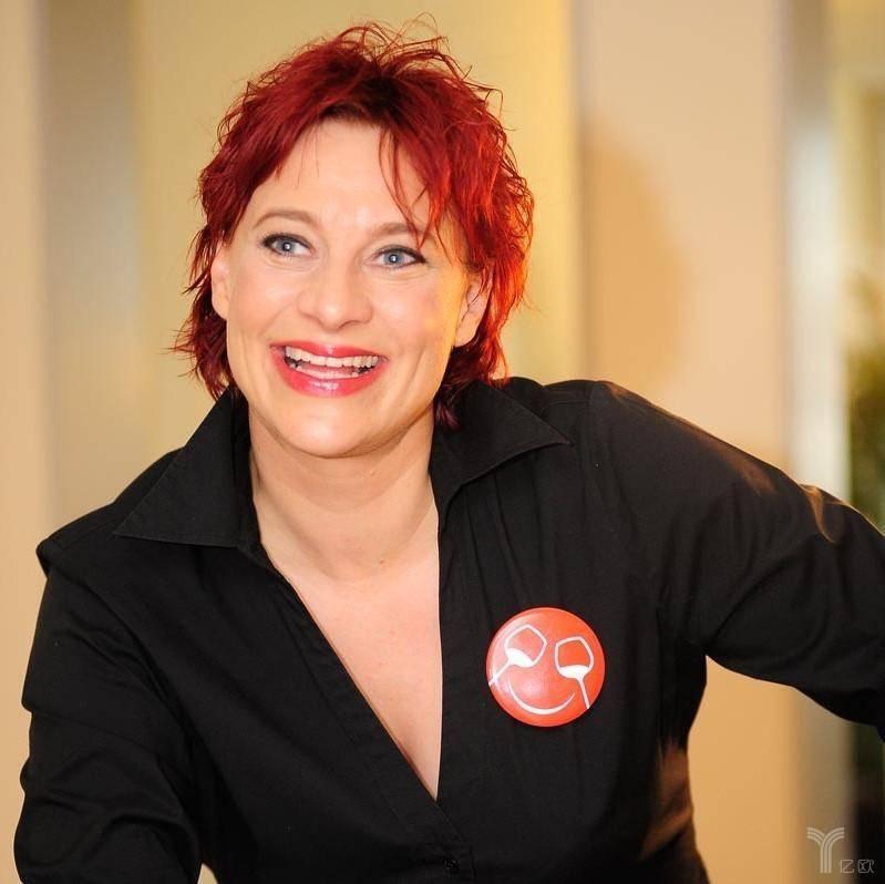 Claudia Masueger, Cheers齐饮创始人.jpg