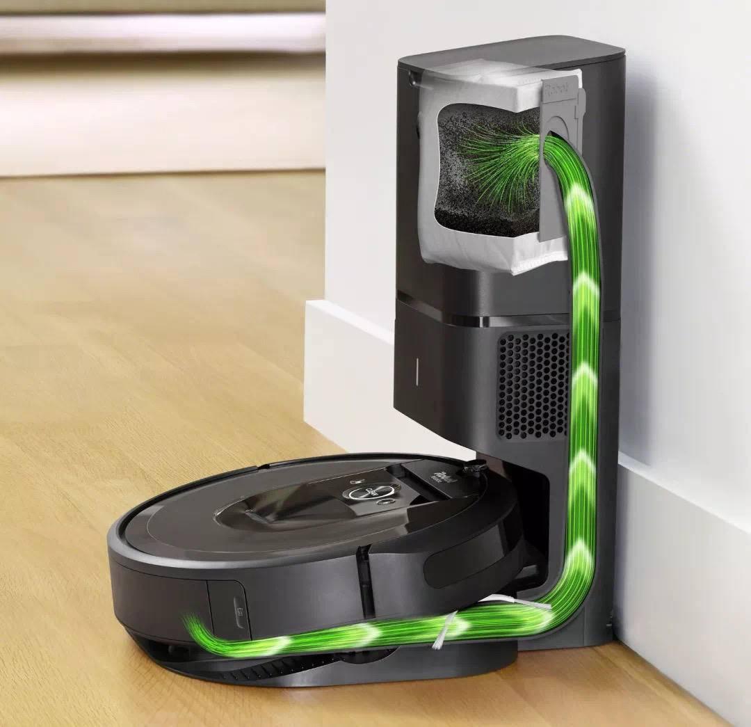 实现自动清倒垃圾的iRobot Roomba i7+