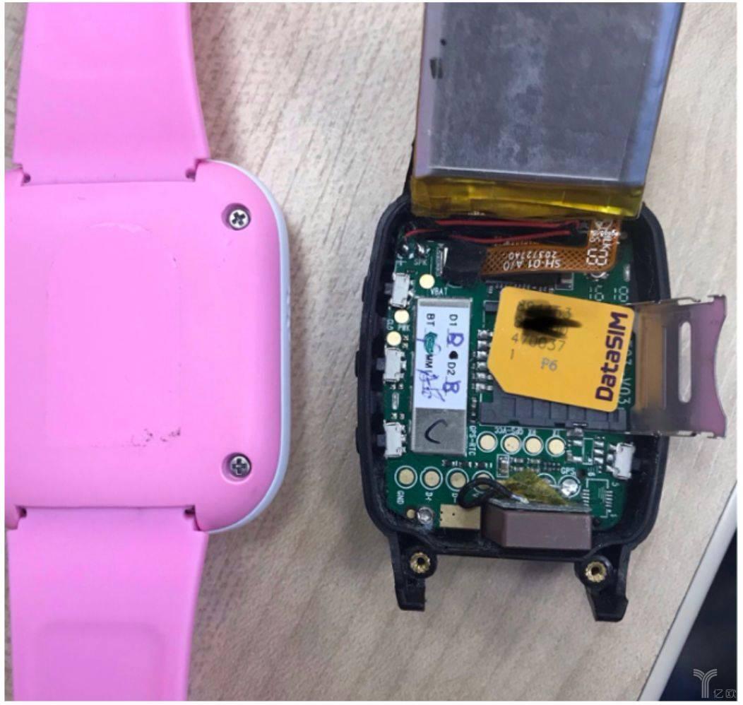一款儿童智能手表的内部构造(来源:Pen Test Partners)