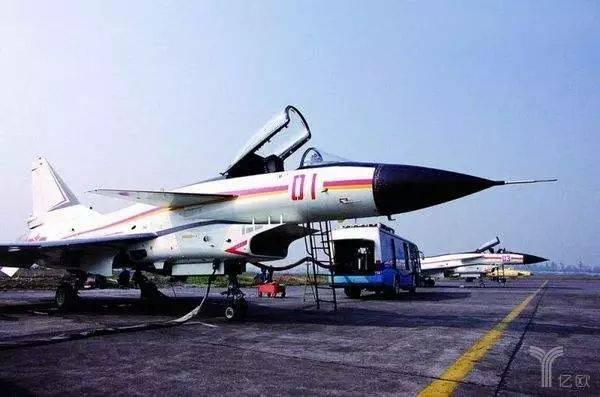 歼-10战机的首架原型机