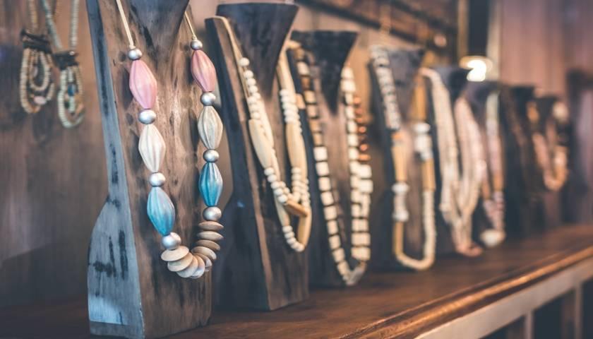 货与人——爆发的基础,二手奢侈品或迎来大风口?