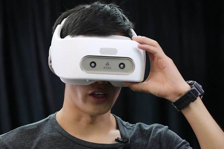 同学,你知道手扶VR吗?贵还不好玩的那种