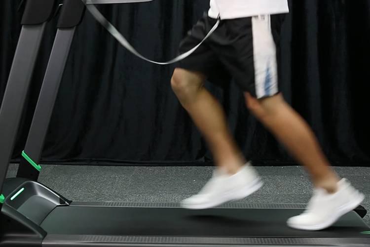 最大速度14km/h的家用跑步机,跑完只有6个字