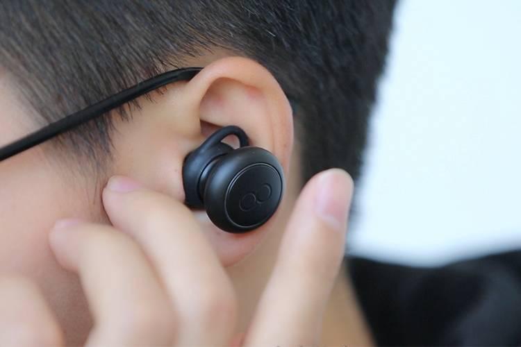 莫比斯翻译耳机上手:把翻译做到耳朵里